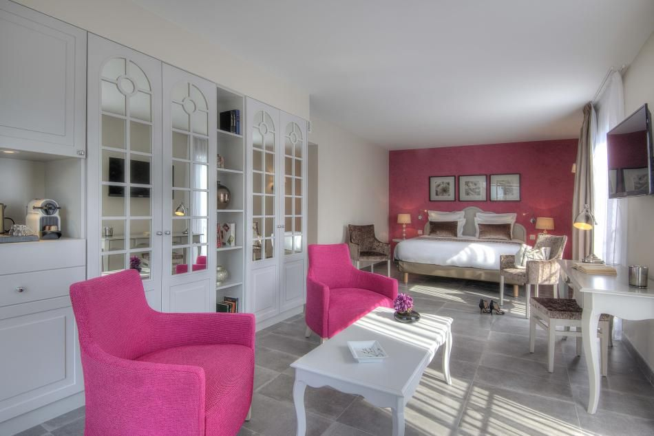 Bastide de l'Oliveraie - Rooms & Suites